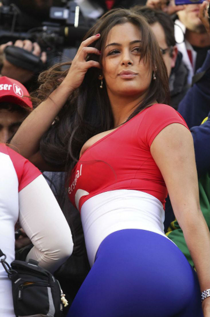 Countries With The Hottest Female Football Fans Paraguay Larissa Riquelme