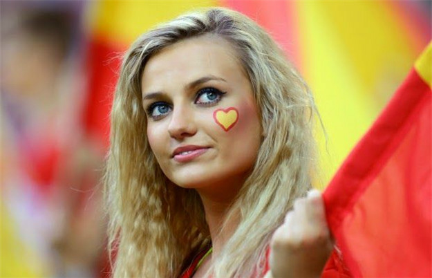 World Cup Teams With The sexiest Football Fans Spanish hot fans Spain girls World Cup