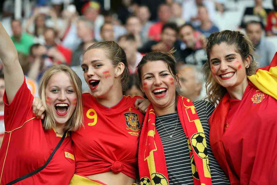 Countries With The Hottest Female Football Fans Spanish fans