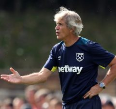 West Ham sack coach Manuel Pellegrini following Leicester City defeat