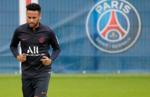 JOKER: Neymar's leadership skills extend only till mocking a teenager