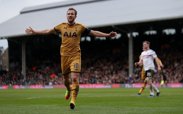Lloris backs Kane to fire Spurs into Champions League spots