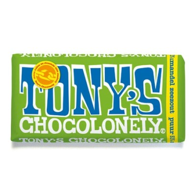 Tony Chocolonely met amandel