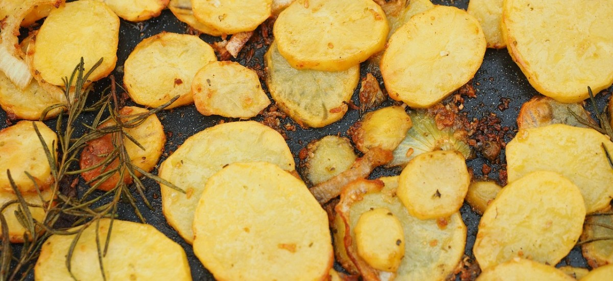 Airfryer Friday   De grote gebakken aardappeltjes test