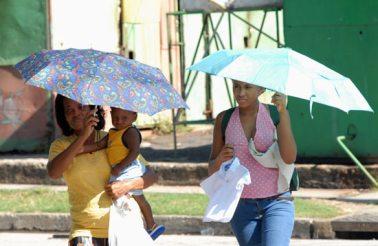 """A santiago se le llama la ciudad """"caliente"""" por las elevadas temperaturas que mantiene casi todo el año, el 20 de Noviembre de 2008, Santiago de Cuba, Cuba. Foto: Calixto N. Llanes/Juventud Rebelde (CUBA)"""