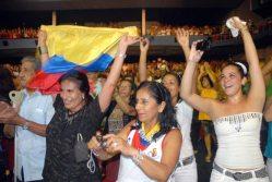 Jóvenes cubanos y latinoamericanos festejan el cumpleaños 85 de Fidel Castro, el 12 de Agosto de 2011, La Habana, Cuba. Foto: Calixto N. Llanes/Juventud Rebelde (CUBA)