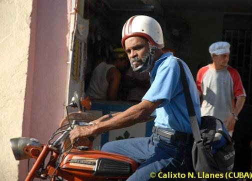 moto-Cuba