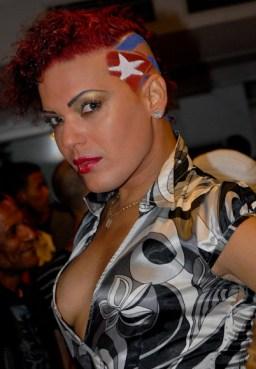 Transformistas posa durante la Gala Cubana contra la Homofobia. Viernes 11 de mayo de 2012, La Habana. FOTO: Calixto N. Llanes/Juventud Rebelde (CUBA)