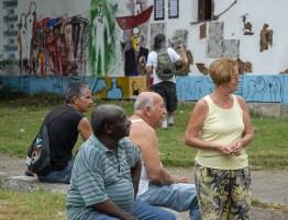 Artistas por el Barrio, proyecto creativo comunitario, como parte de la Oncena Bienal de La Habana, el jueves 17 de Mayo de 2012, La Habana, Cuba. Foto: Calixto N. Llaes (CUBA)