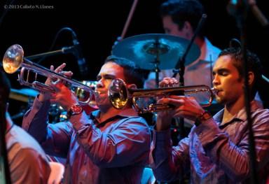 La Joven Jazz Band del maestro Joaquín Betancourt durante el Concierto homenaje al Maestro Armando Romeu, el sábado 16 de noviembre de 2013, La Habana. FOTO de Calixto N. Llanes (CUBA)