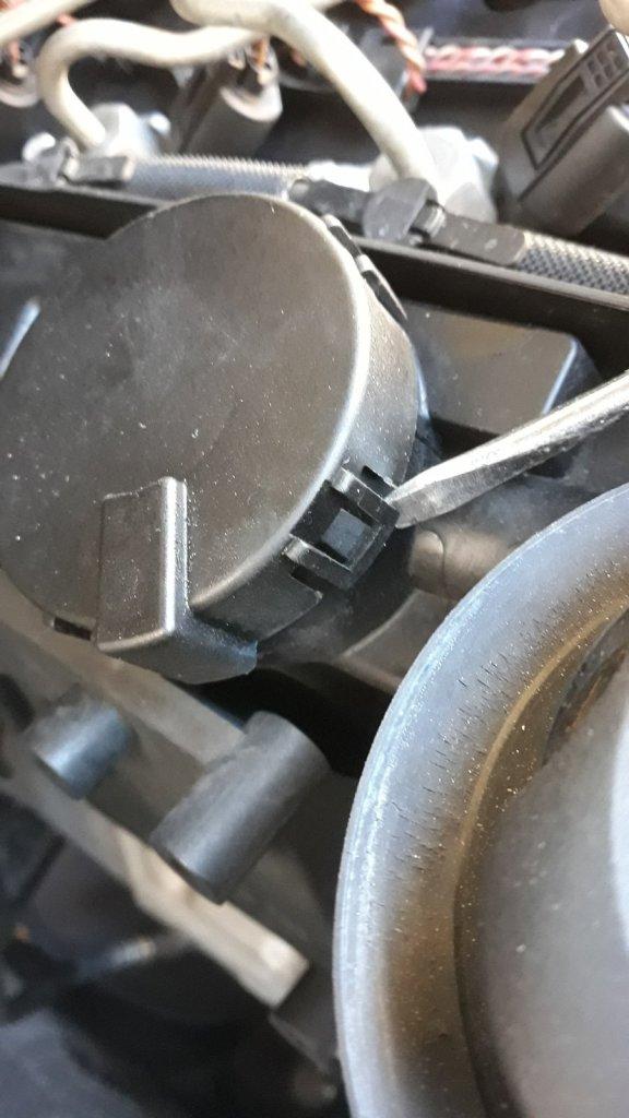 Recupero vapori olio X3 E83