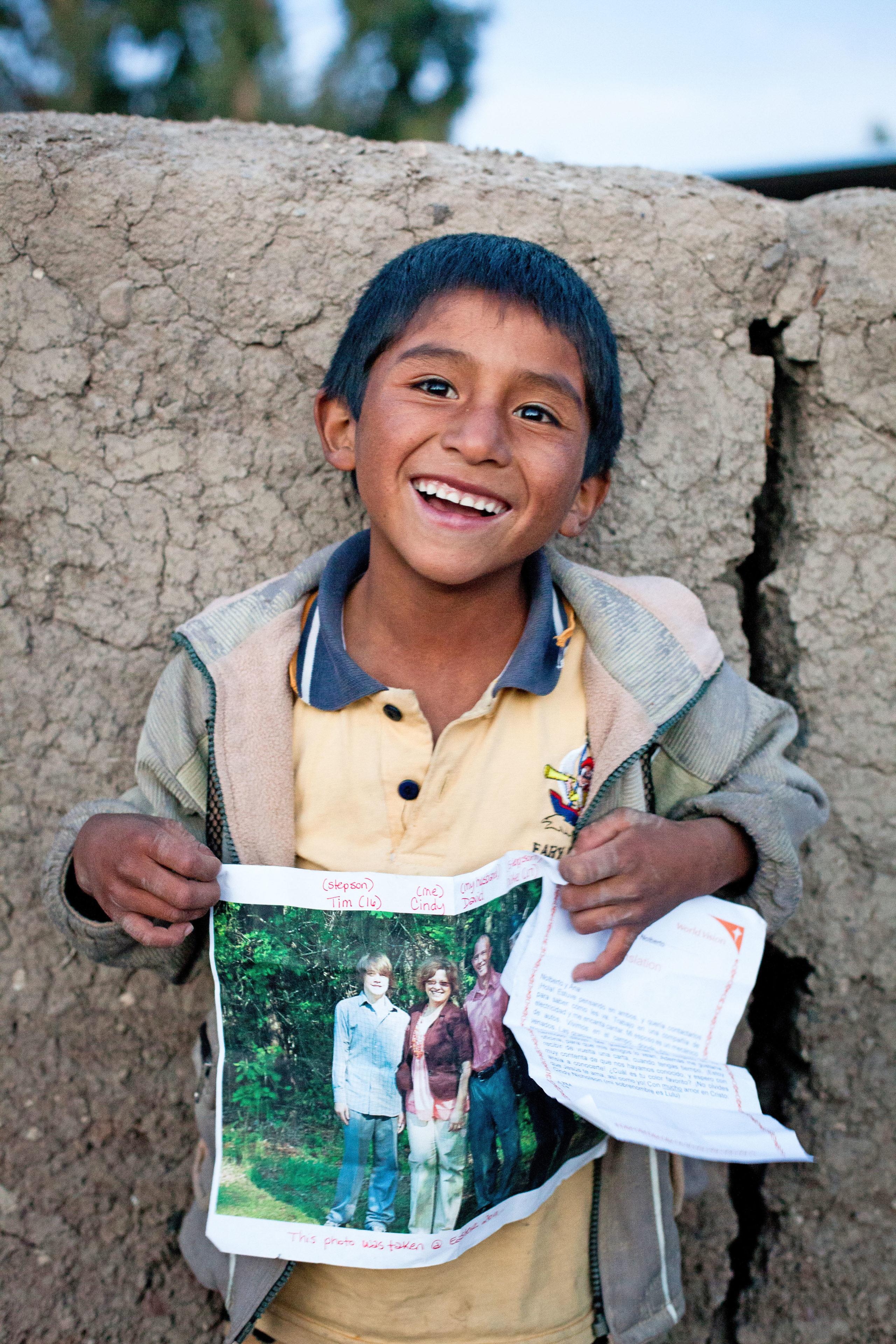 Durch die Patenschaft verändert sich das Leben des Kindes nachhaltig - und das für nur einen Euro am Tag.