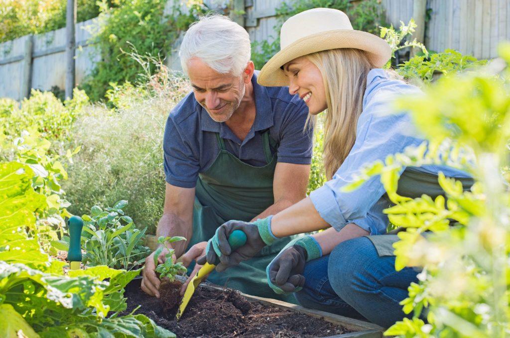 Für viele Best Ager bietet sich die Gelegenheit, die Weichen in Sachen Geldanlage noch einmal neu zu stellen.