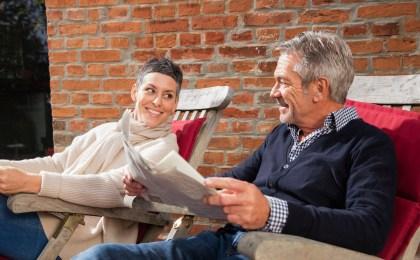 Gesund und zufrieden im reiferen Alter - bei Männern ist hierfür auch ein ausgeglichener Testosteronspiegel wichtig.