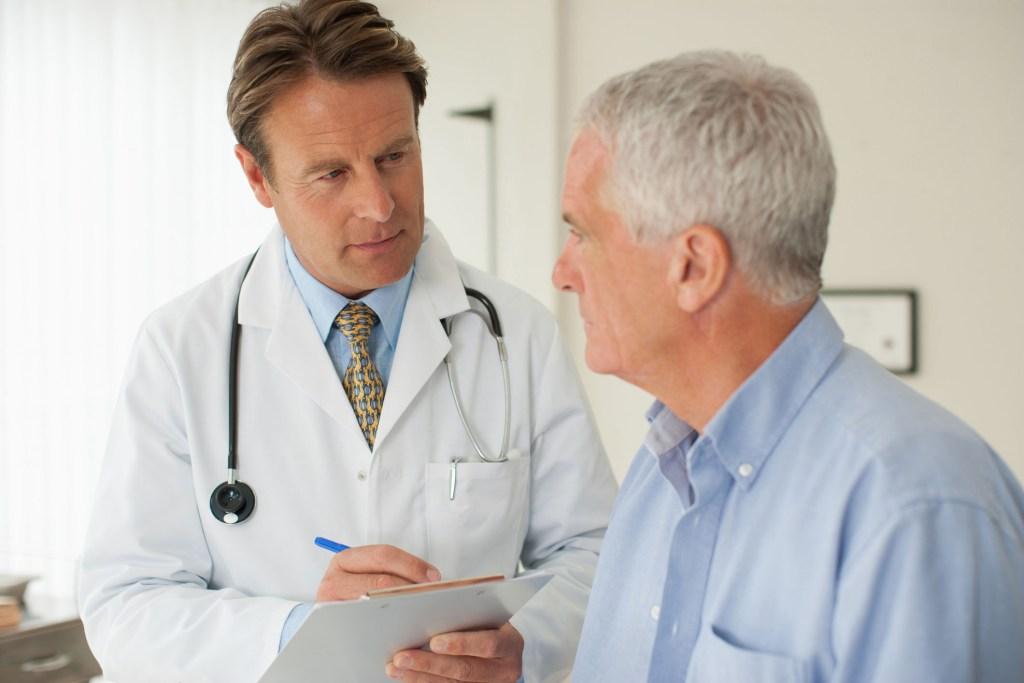 Nur keine falsche Scham: Fachärzte wie Urologen oder Andrologen können ihre Patienten sachlich und kompetent unterstützen.