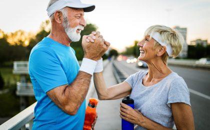 Älteres Paar beim Training - Immunsystem