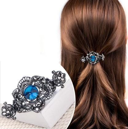 Model Rose Black Metal Hair Claw Clip
