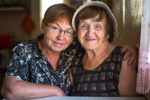 5 Ways to Be a Great Caregiver for Your Elderly Parents