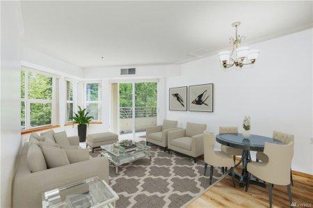 C102 Living Room