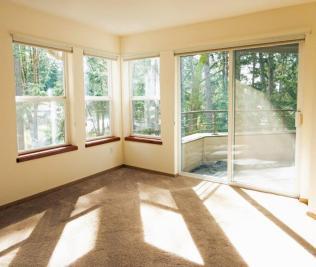 W307 living room balcony