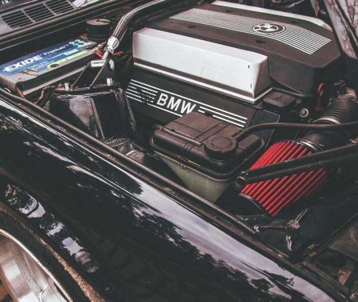 BMW E30 340i Touring
