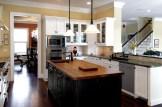 leona-kitchen-outview