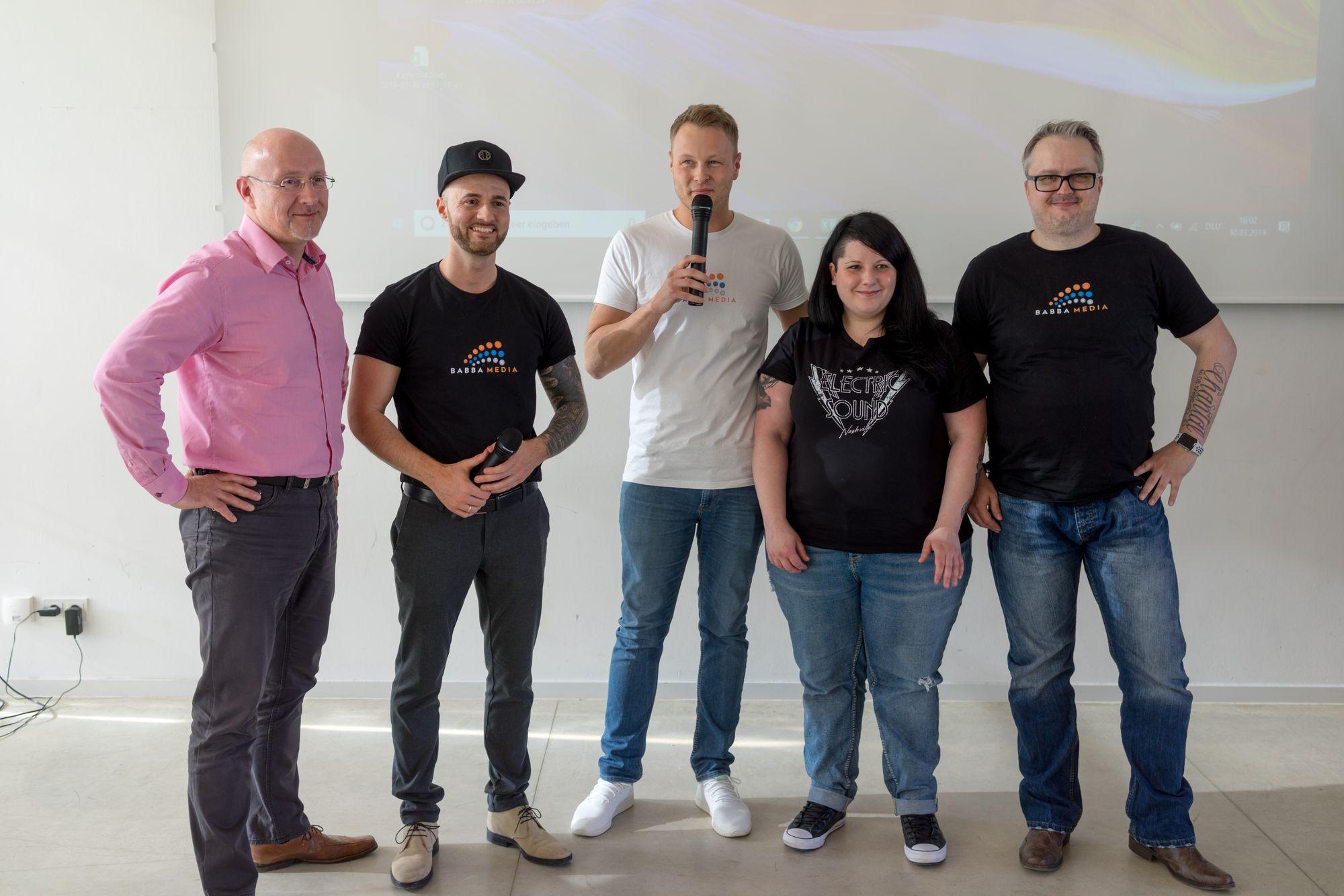Torsten Semmler, Daniel Hauber, Stefan Beier, Katharina Kislewski und Dirk Schumacher auf dem Babba Business Day 2019 in Großostheim