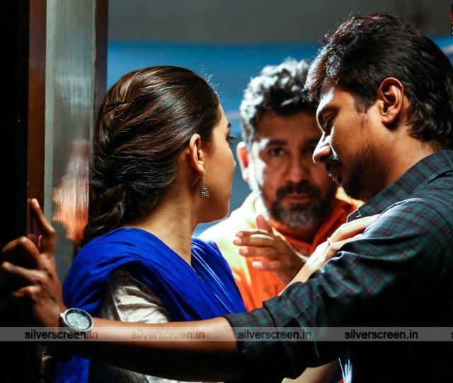 Manithan Movie Stills
