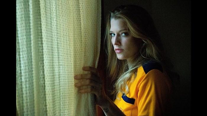 Girl on the Third Floor (2019) 3