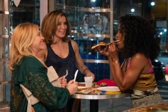 Otherhood - Patricia Arquette, Felicity Huffman, Angela Bassett - Photo Credit: Netflix / Linda Kallerus