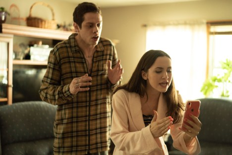 (from left) Scott Carlin (Pete Davidson) and Claire Carlin (Maude Apatow) in The King of Staten Island, directed by Judd Apatow.