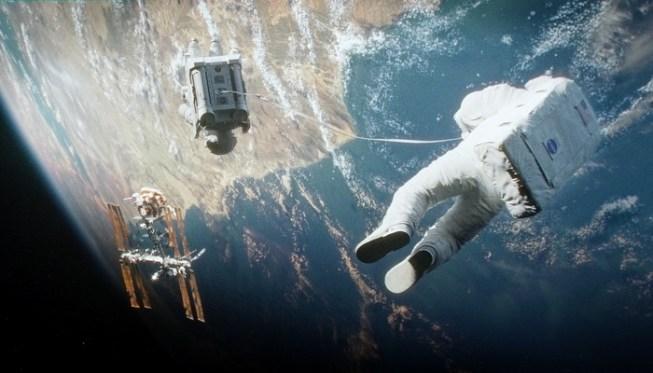 07-gravity-2.jpg