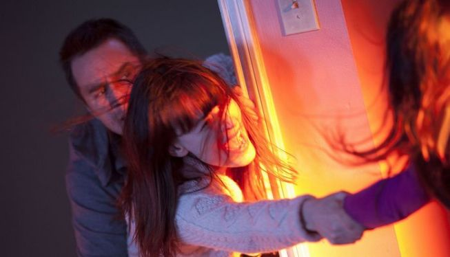 Poltergeist-Movie-Still-2.jpg