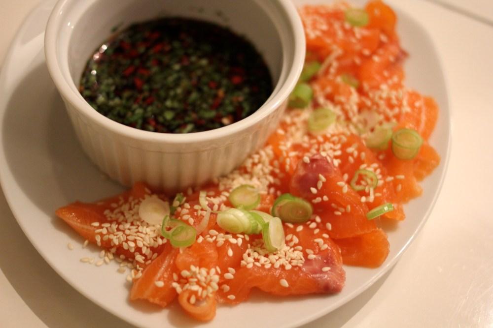 Salmon sashimi with ponzu dip (1/5)