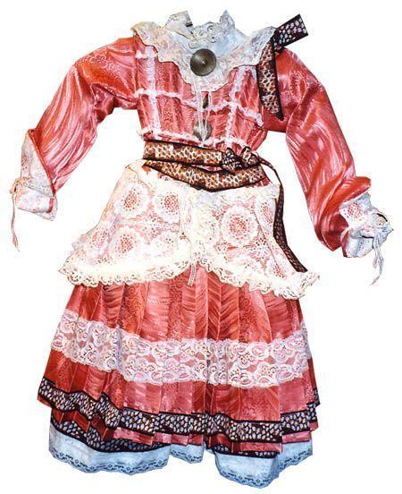 vestido-muñeca-antigua