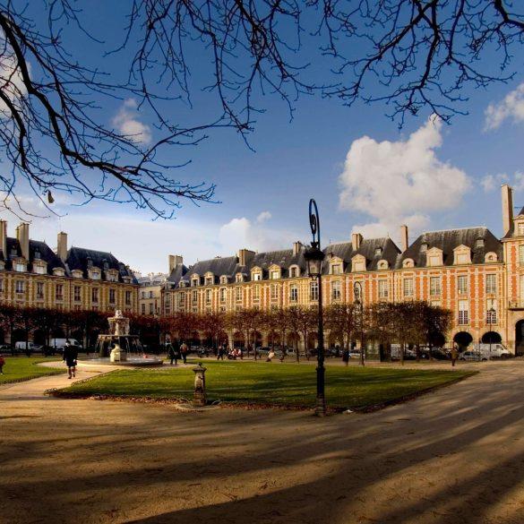 My Paris, along line 8