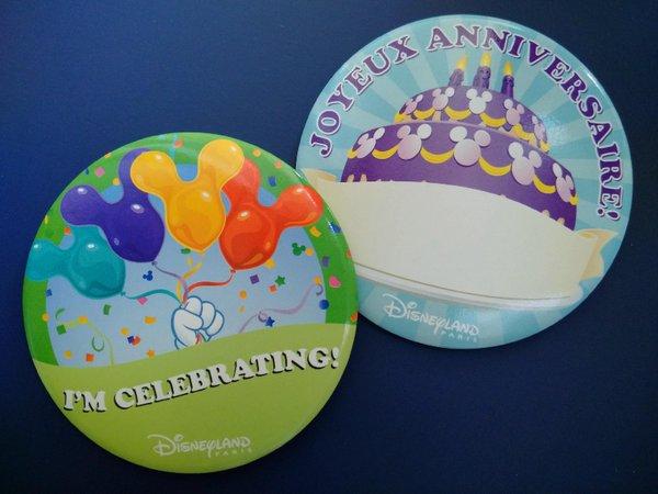 Il badge compleanno a Disneyland Paris