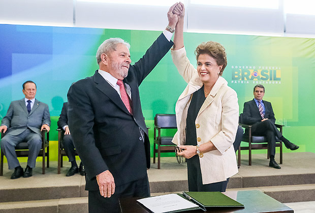 Lula foi empossado como ministro da Casa Civil