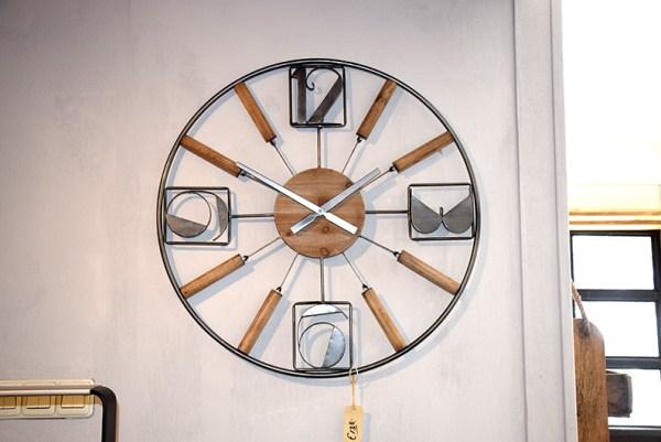 SW-128 klok hout en metaal