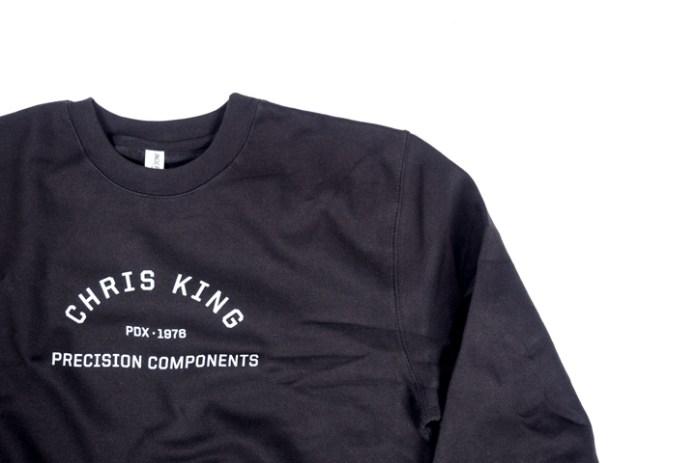 gym-sweatshirt-3