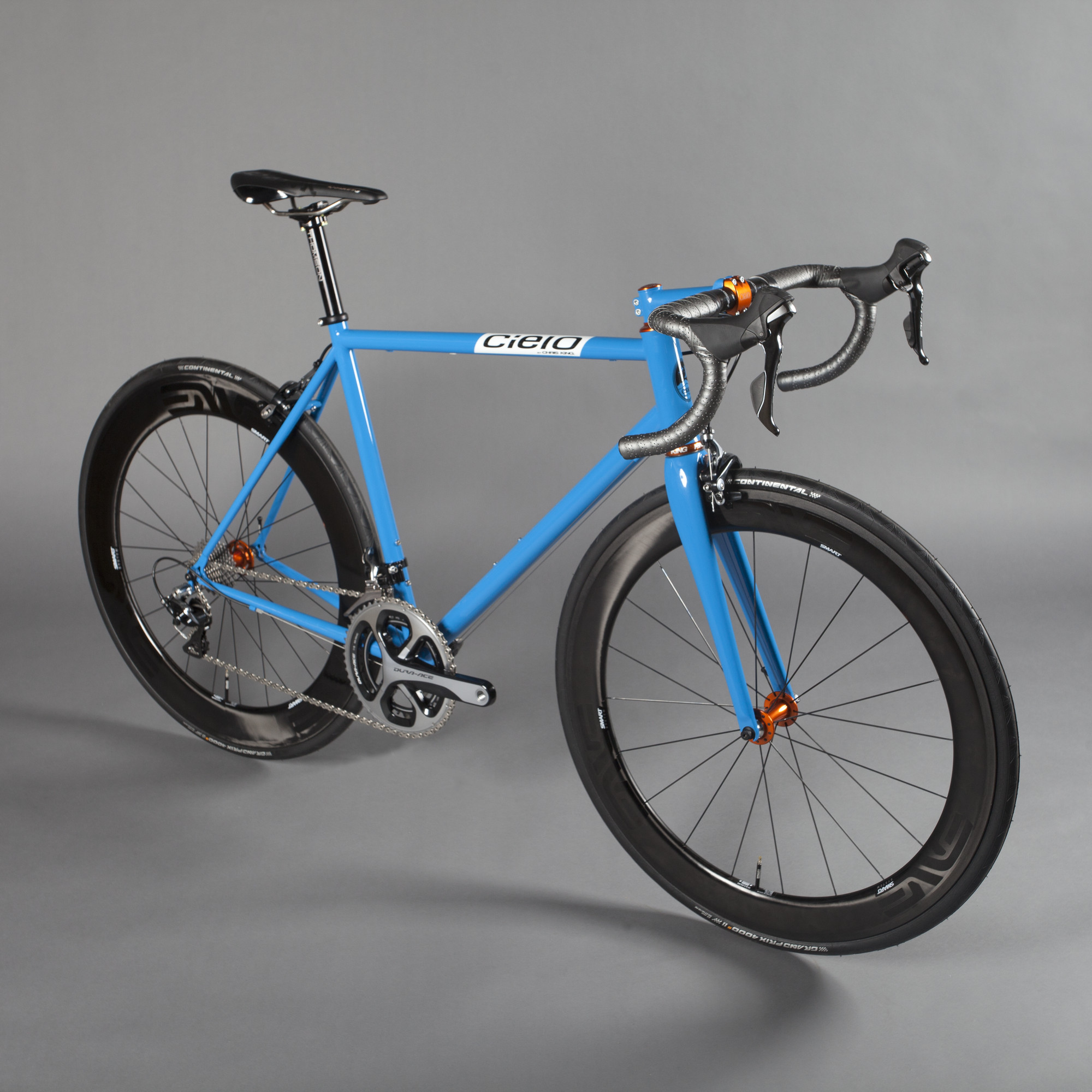 RS913_cielo_roadracer_azul_full-lpr