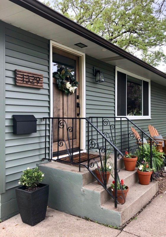 How to build a modern address plaque, Sima Spaces