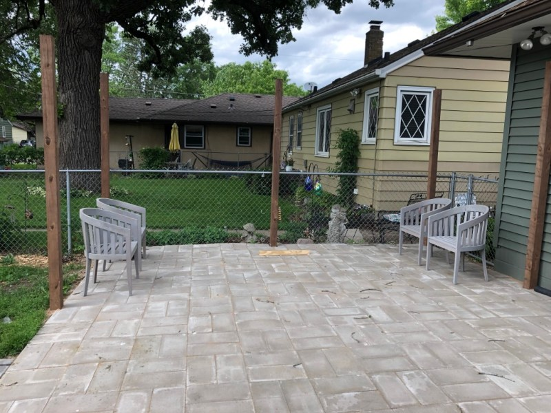 Sima Spaces DIY patio reveal: basketweave patio pavers