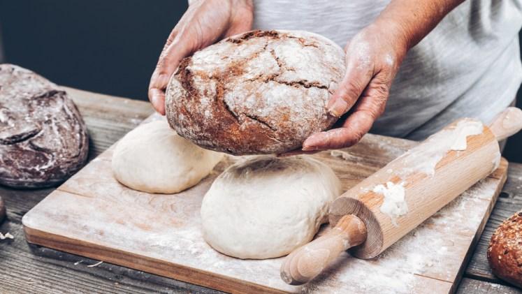 evde kolay ekmek yapımı