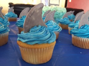 Shark Fin Cupcake - (Sim)fully Sweet