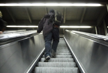 falling  - photo by jeremy clarke