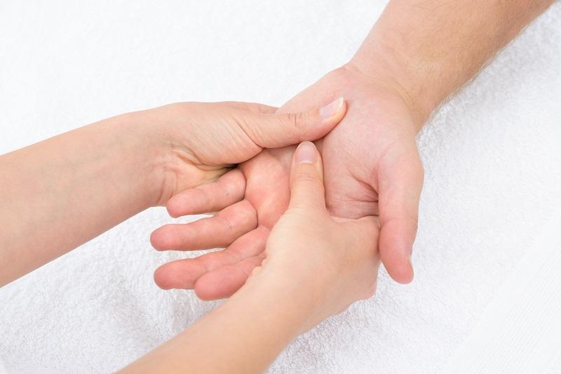 Indications massage classique mains