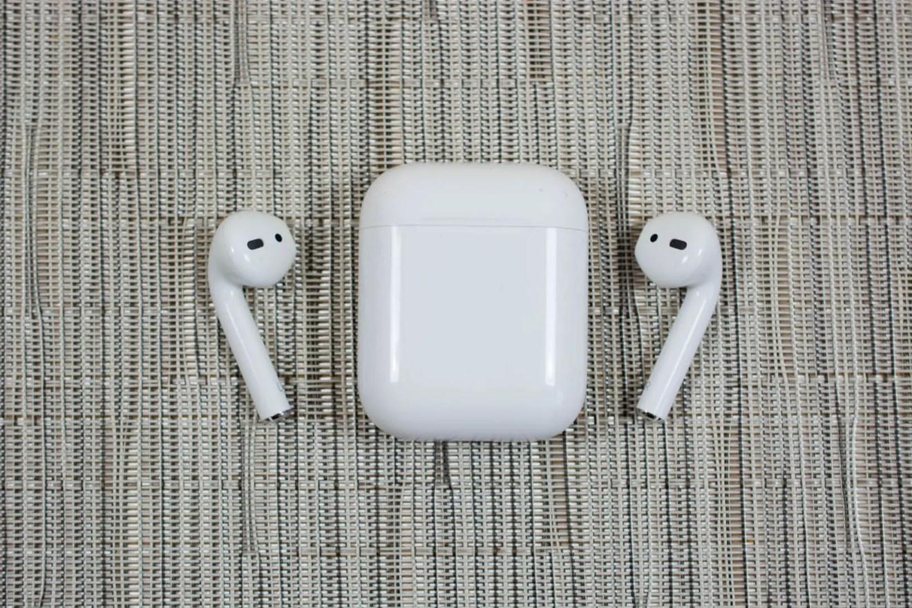 Apple MMEF2AM A AirPods Wireless Bluetooth Headset