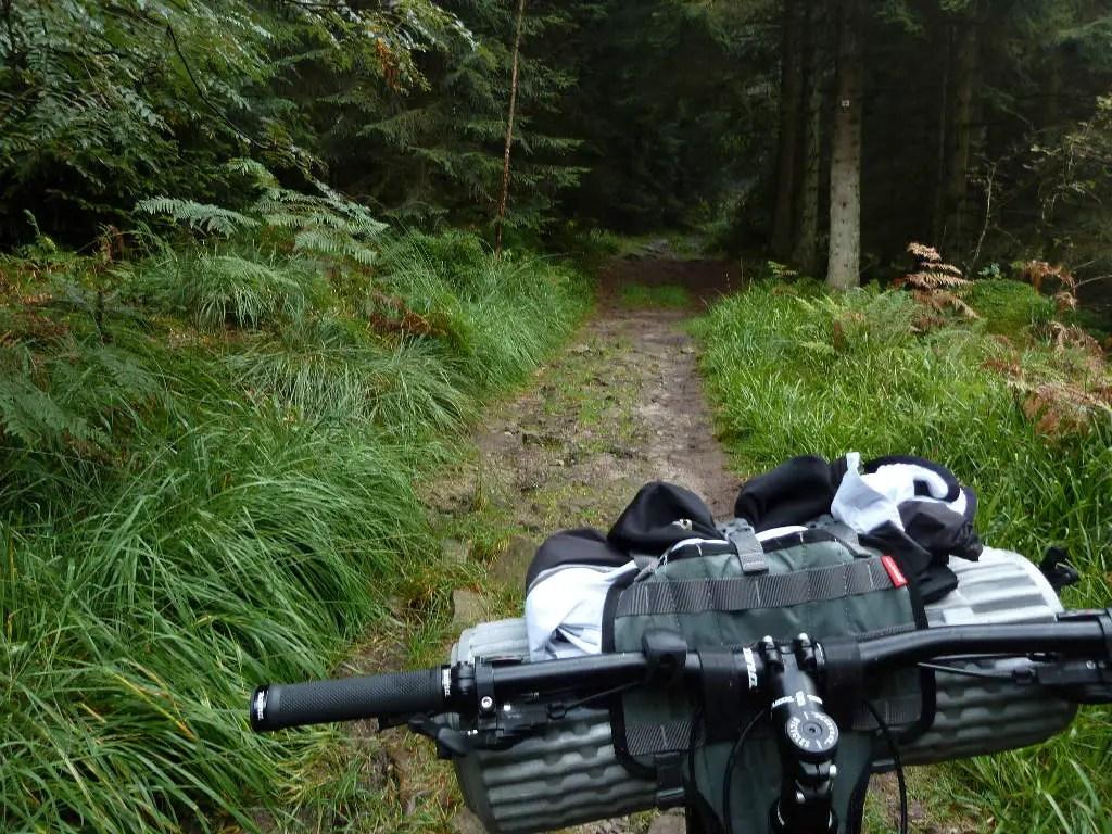 westweg-trail-naehe-hahnenfalzhuette
