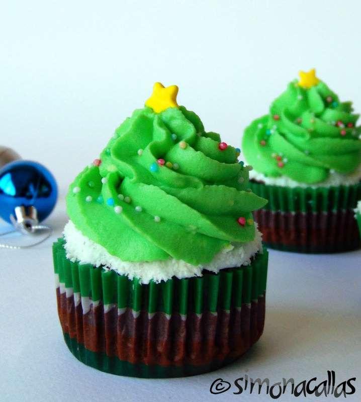 http://i2.wp.com/simonacallas.com/wp-content/uploads/2015/12/Cupcakes-1-1.jpg